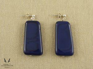Ohrringe aus blauen Glassteinen