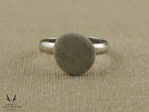 PLAY // Kieselstein // Ring grau